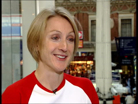 row over security itn paula radcliffe signing book fans queueing radcliffe signing book for man paula radcliffe interviewed sot it's not going to... - book signing stock videos & royalty-free footage