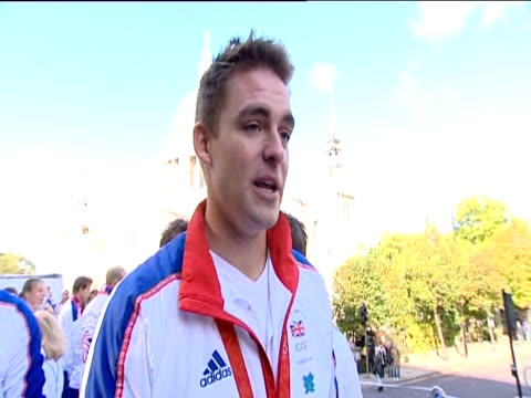 rower pete reed comments on success in beijing 2008 olympic games - canottaggio senza timoniere video stock e b–roll