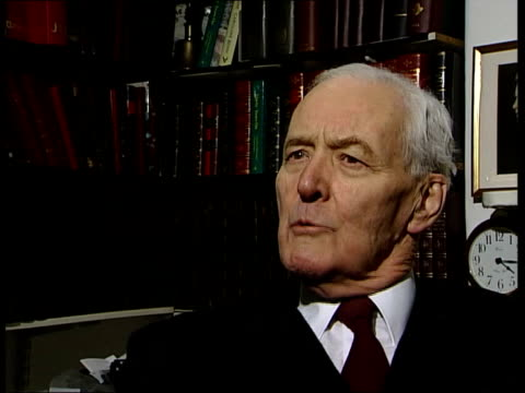 roy jenkins dies; int tony benn interviewed sot - he founded the new labour - tony blair was a pupil of roy jenkins - トニー ベン点の映像素材/bロール