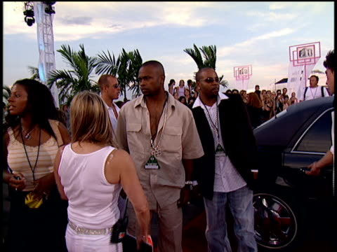 roy jones jr and magic arriving on the 2004 mtv video music awards red carpet - mtv video music awards stock videos and b-roll footage