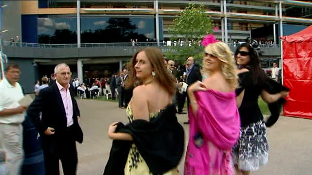 royal ascot: dress code enforced; england: hampshire: ascot racecourse: ext queen elizabeth ii along in carriage with others general view of... - strapless stock videos & royalty-free footage