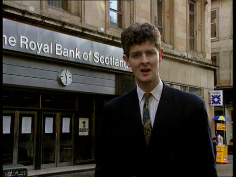 royal bank of scotland redundancies royal bank of scotland redundancies scotland glasgow glasgow cms pym i/c sof sign off - ロイヤル・バンク・オブ・スコットランド点の映像素材/bロール
