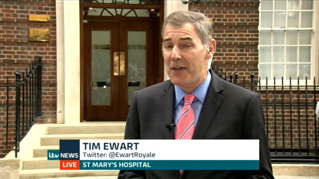 day's events up to hospital departure england london gir julie etchingham and alastair stewart st mary's hospital lindo wing ext live exterior of... - 退院点の映像素材/bロール