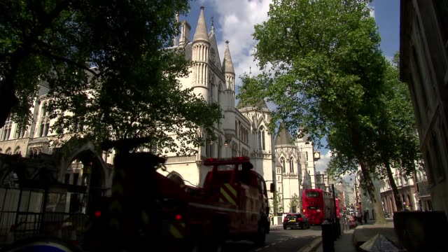 royal courts of justice in london - royal courts of justice stock videos & royalty-free footage