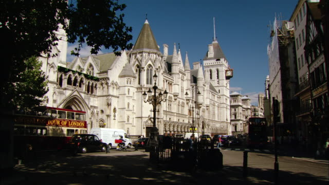 ms royal courts of justice, the strand, london, england - royal courts of justice stock videos & royalty-free footage