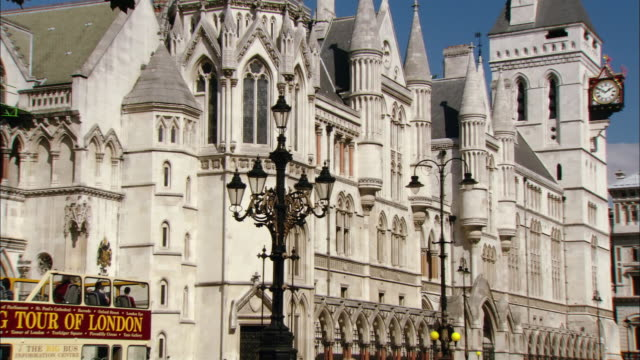 zo, ms royal courts of justice, the strand, london, england - royal courts of justice stock videos & royalty-free footage