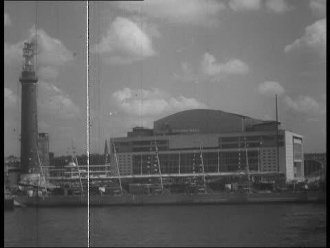 royal festival hall opens as part of festival of britain; 1950s - ロイヤルフェスティバルホール点の映像素材/bロール