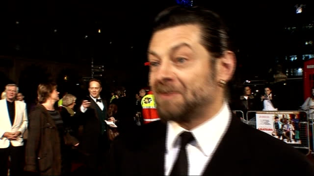 royal film performance of 'a bunch of amateurs': red carpet interviews; andy serkis interview sot - on the loyal address he's got to give - on not... - andy serkis stock videos & royalty-free footage