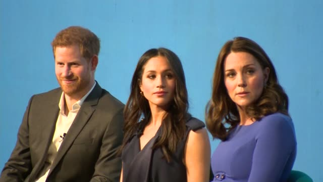 london city of london int tina daheley on stage / prince william catherine meghan markle and prince harry along onto stage and taking seats prince... - königshaus stock-videos und b-roll-filmmaterial