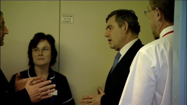 royal marsden hospital badly damaged by fire brown visits patients england london royal brompton hospital int gordon brown mp wife sarah and health... - patientin stock-videos und b-roll-filmmaterial