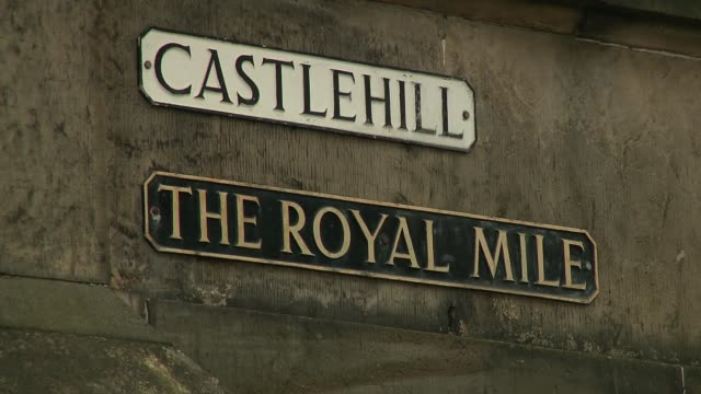 royal mile in edinburgh - information sign - information sign stock videos & royalty-free footage