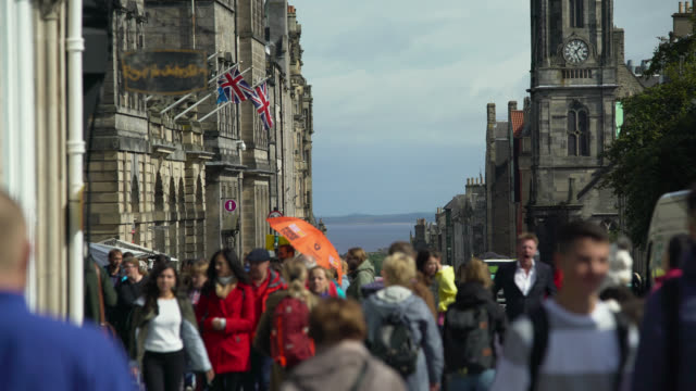 royal mile towards firth of forth, edinburgh - edinburgh scotland stock videos & royalty-free footage
