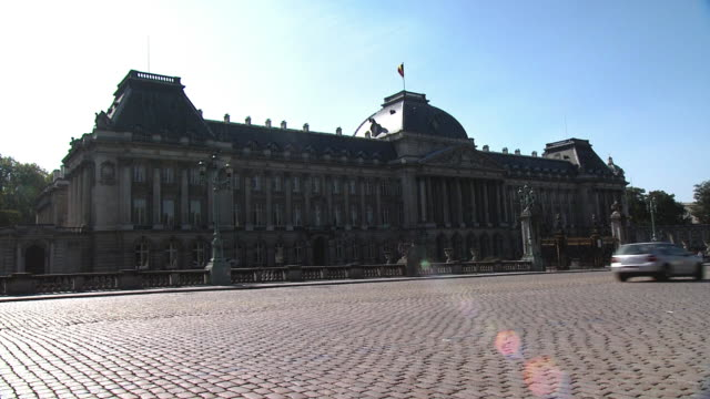 royal palace, brussels, belgium - palace stock videos & royalty-free footage