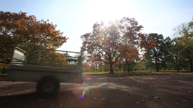 royal parks tractor passes through greenwich park in the autumnal weather on october 19, 2020 in london, england. experts are predicting a... - tractor stock videos & royalty-free footage