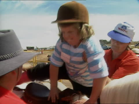 princess royal in tasmania and new zealand; australia: tasmania: ext various of royal australian air force plane landing and taxiing princess anne,... - トレバー マクドナルド点の映像素材/bロール