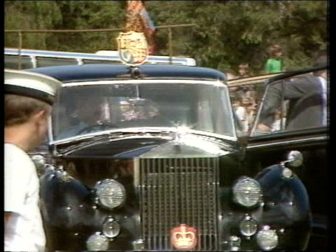 Day 20 W AUSTRALIA Bunbury Hands Oval R mass of schoolchildren LMS Royal car towards stops and Prince and Princess of Wales out and greeted BV Woman...
