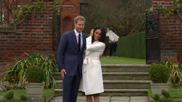 Royal wedding of Prince Harry and Meghan Markle Final preparations for the big day / Royal walkabout LIB / London Kensington Palace EXT Prince Harry...