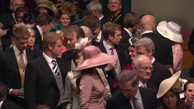 royal wedding of prince william and kate middleton: itv news special ceremonial feed: hd version 0900 - 1000; england: london: westminster:... - hd format stock videos & royalty-free footage