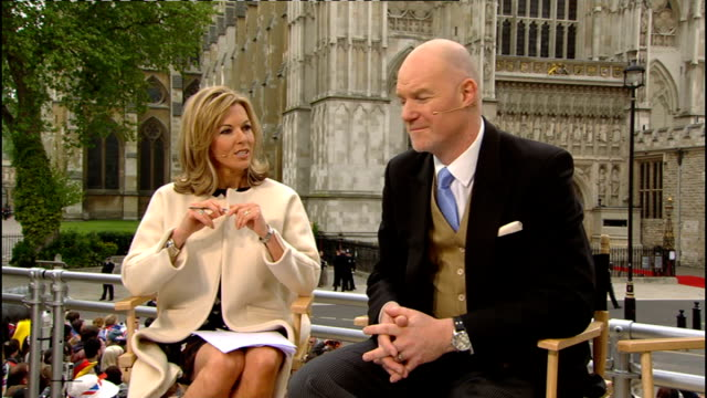 royal wedding of prince william and kate middleton: itv news special pab: 0930 - 1030; studio julie etchingham and philip schofield ext mary... - フィリップ スコフィールド点の映像素材/bロール