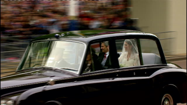 Royal wedding of Prince William and Kate Middleton ITV News Special Ceremonial Feed 1000 1100 EXT Various of Bride Kate Middleton's car along The...