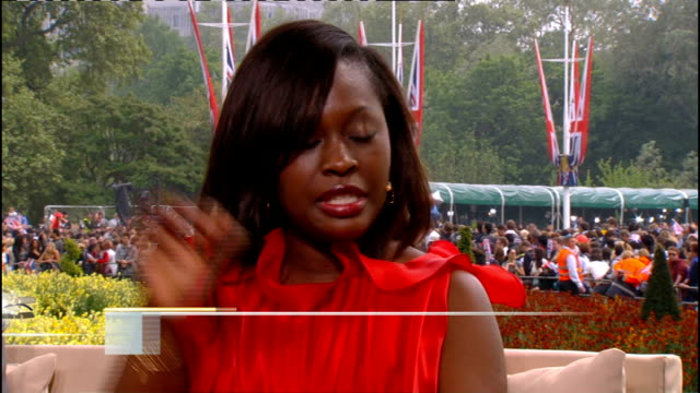 royal wedding of prince william and kate middleton: itv news special pab: 1330 - 1430; studio: amanda wakely and bunmi olaye studio interview sot - フィリップ スコフィールド点の映像素材/bロール