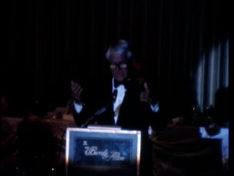 royalty/entertainment: prince charles in hollywood; usa: california: los angeles: hollywood: prince charles with lee majors , farrah fawcett , sophia... - sophia loren stock videos & royalty-free footage