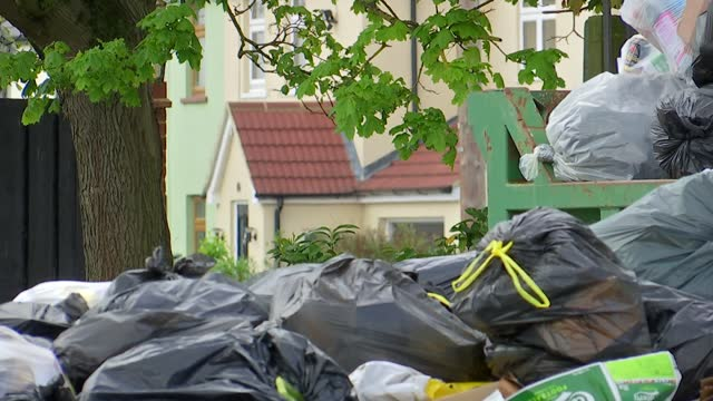 rubbish accumulating in streets of thurrock as refuse collectors strike; uk, thurrock; waste, refuse, bin, strike, workers, union, protest, lorry,... - collection stock videos & royalty-free footage