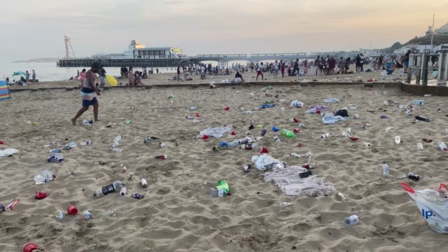 rubbish litters the beach after many visitors leave on june 25, 2020 in bournemouth, united kingdom. a major incident was declared by the local... - rubbish stock videos & royalty-free footage