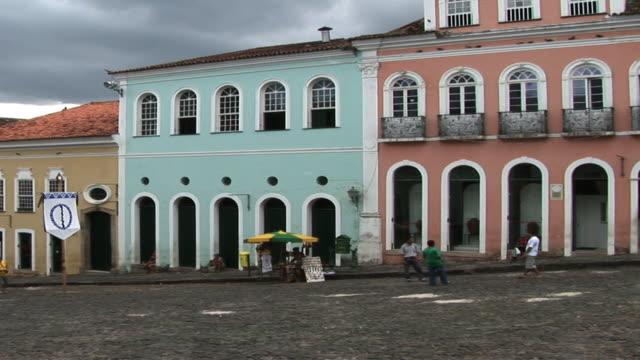 ws pan rue quartier san antonio, salvador, bahia, brazil - bahia state stock videos & royalty-free footage