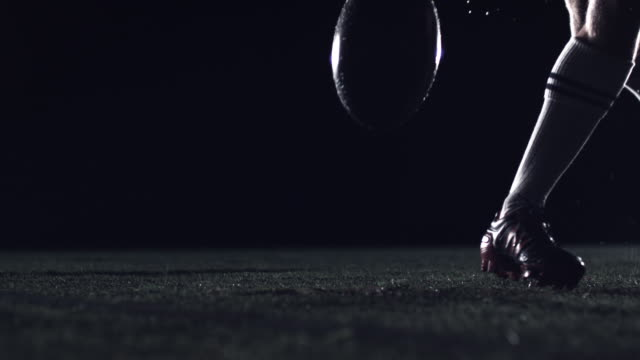 vidéos et rushes de rugby drop kick - ball