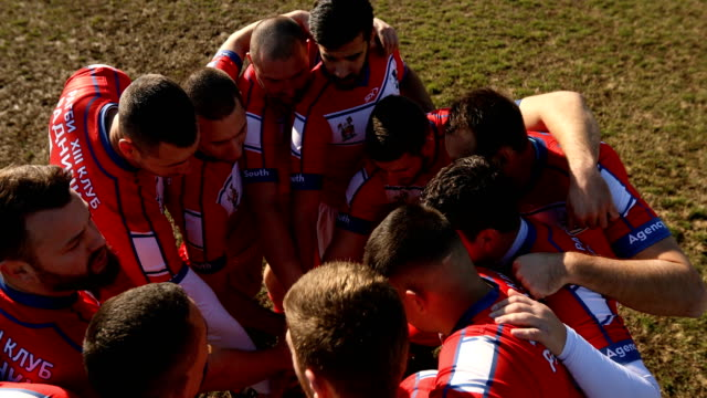vídeos de stock, filmes e b-roll de espírito de rugby - esporte de equipe