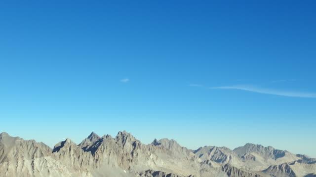 rugged landscape in the sierra nevada - 荒野点の映像素材/bロール