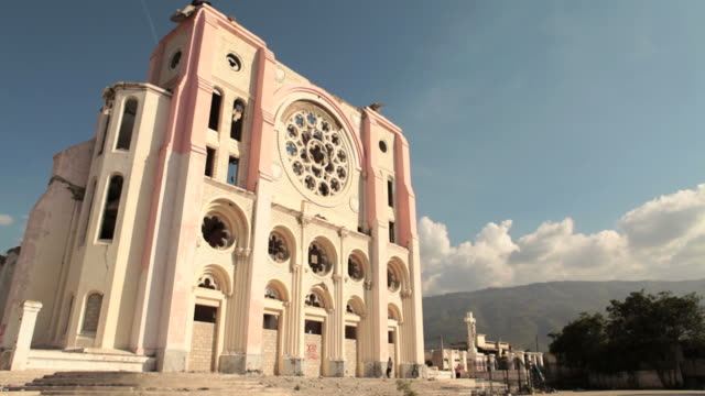 stockvideo's en b-roll-footage met ruins of a cathedral haiti - haïti