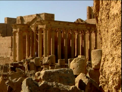 Ruins of ancient Assyrian city of Hatra including pillared colonnade Iraq