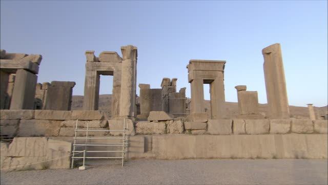 ws pan ruins of ancient city, throne room, persepolis, iran - stone material stock videos & royalty-free footage