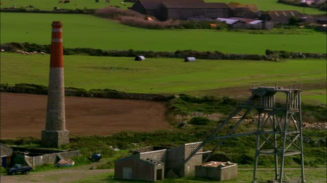 low aerial, ruins of cornish tin mine, cornwall, england - tin mine stock videos & royalty-free footage