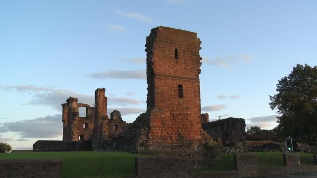 ws, ruins of penrith castle, penrith, cumbria, england - castle stock videos & royalty-free footage