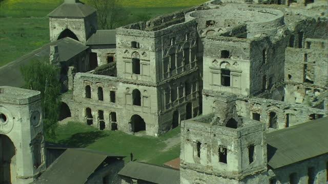 ruins of the krzyztopor castle in the village of ujazd (the swietokrzyskie mountains). - poland stock videos & royalty-free footage