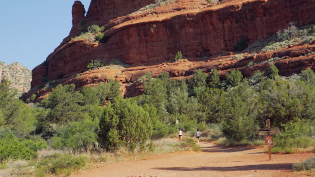 runners by buttes - sedona stock videos & royalty-free footage