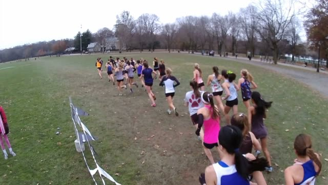 runners girls head away from camera shoulder to shoulder - salmini stock videos and b-roll footage
