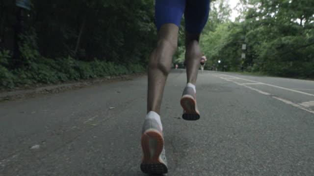 vidéos et rushes de runner's legs - noir américain
