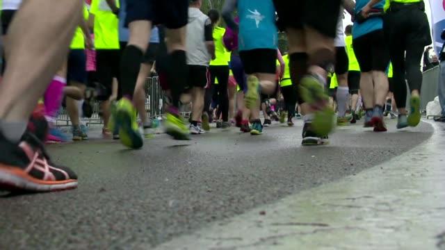 vidéos et rushes de running competition - concurrent