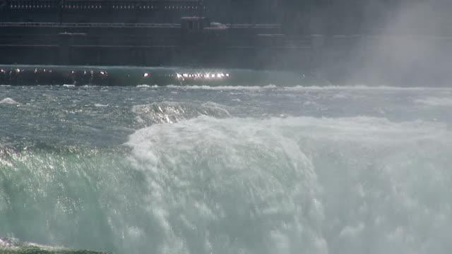 running water 8-53: hd 1080/60i - niagarafloden bildbanksvideor och videomaterial från bakom kulisserna