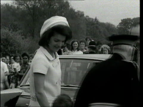 runnymede ext b/w footage jackie kennedy with children at jfk memorial - jackie kennedy stock-videos und b-roll-filmmaterial