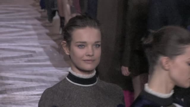 runway of stella mccartney fashion show for the 2012 aw fashion week in paris stella mccartney runway on march 05 2012 in paris france - stella mccartney marchio di design video stock e b–roll