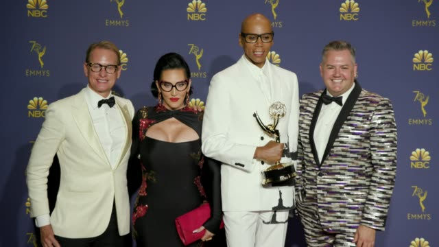 rupaul and rupaul's drag race at the 70th emmy awards - photo room at microsoft theater on september 17, 2018 in los angeles, california. - リアリティー番組点の映像素材/bロール