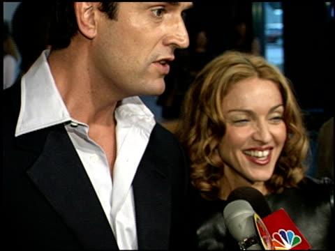 stockvideo's en b-roll-footage met rupert everett at the 'an ideal husband' premiere at dga in los angeles california on june 9 1999 - rupert everett
