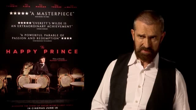 stockvideo's en b-roll-footage met rupert everett discusses new film the happy prince that outlines the life of playwright oscar wilde and how being gay has impacted his career - rupert everett