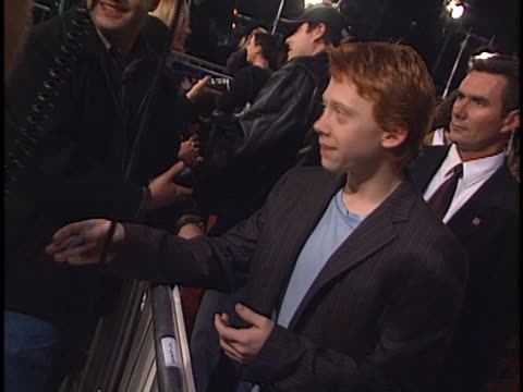 stockvideo's en b-roll-footage met rupert grint at the harry potter and the chamber of secrets at westwood in westwood ca - harry potter en de geheime kamer