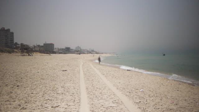 spiaggia rurale - striscia di gaza video stock e b–roll